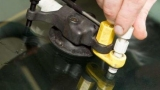 Полимер для ремонта стекла автомобиля. Трещина на лобовом стекле: способы удаления