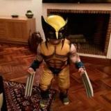 Новый костюм Росомахи