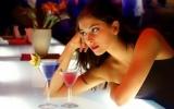 Ли при месячных пить алкоголь: рекомендации врачей