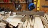 Как сделать из дерева АК-47: оператор в производстве мул