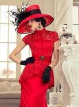 Лучшие аксессуары в красном платье: фото и советы